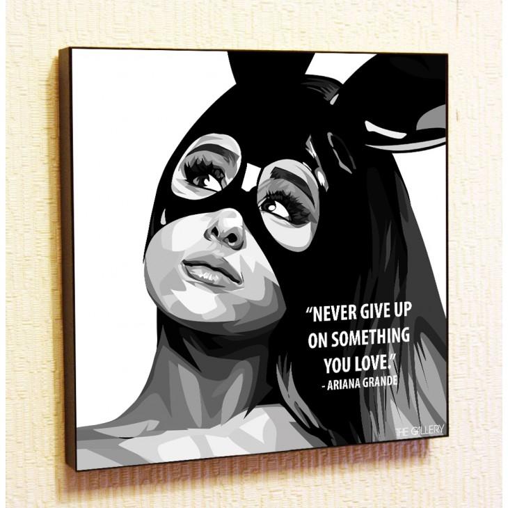 Картина постер в стиле поп-арт Ариана Гранде